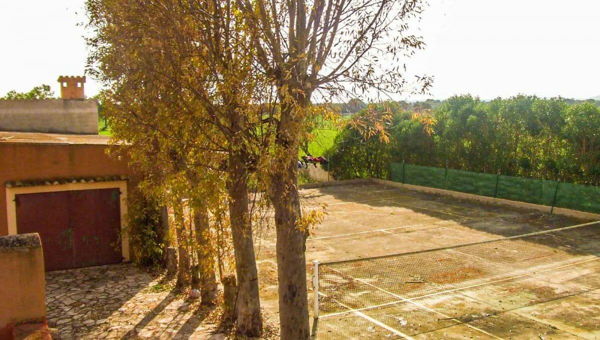 finca-felanitx-tennisplatz-garage
