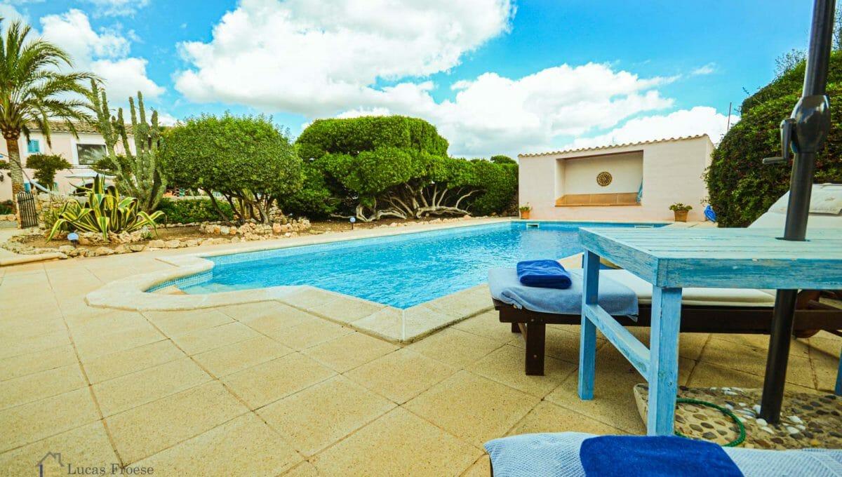 Landhaus-pool-terrasse-felanitx-finca