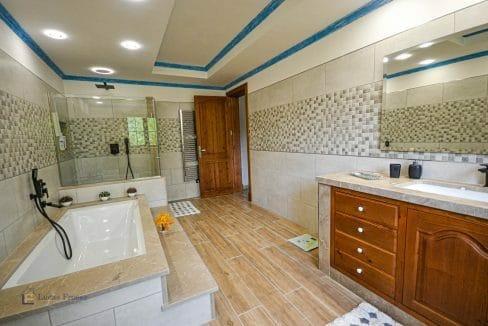 Finca Felanitx Immobilie Badezimmer