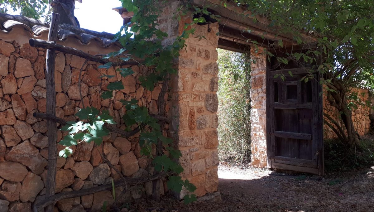 Steinmauer Rustikaler Stil