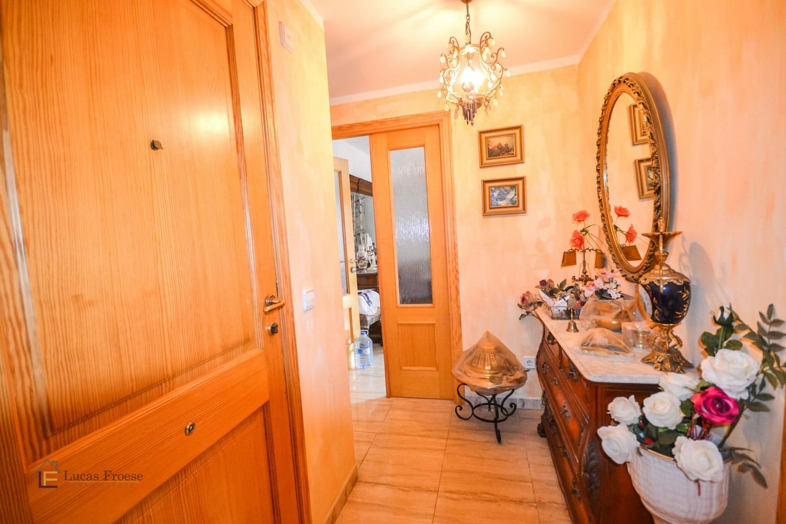 Nette Wohnung mit 2 Balkons in Campos