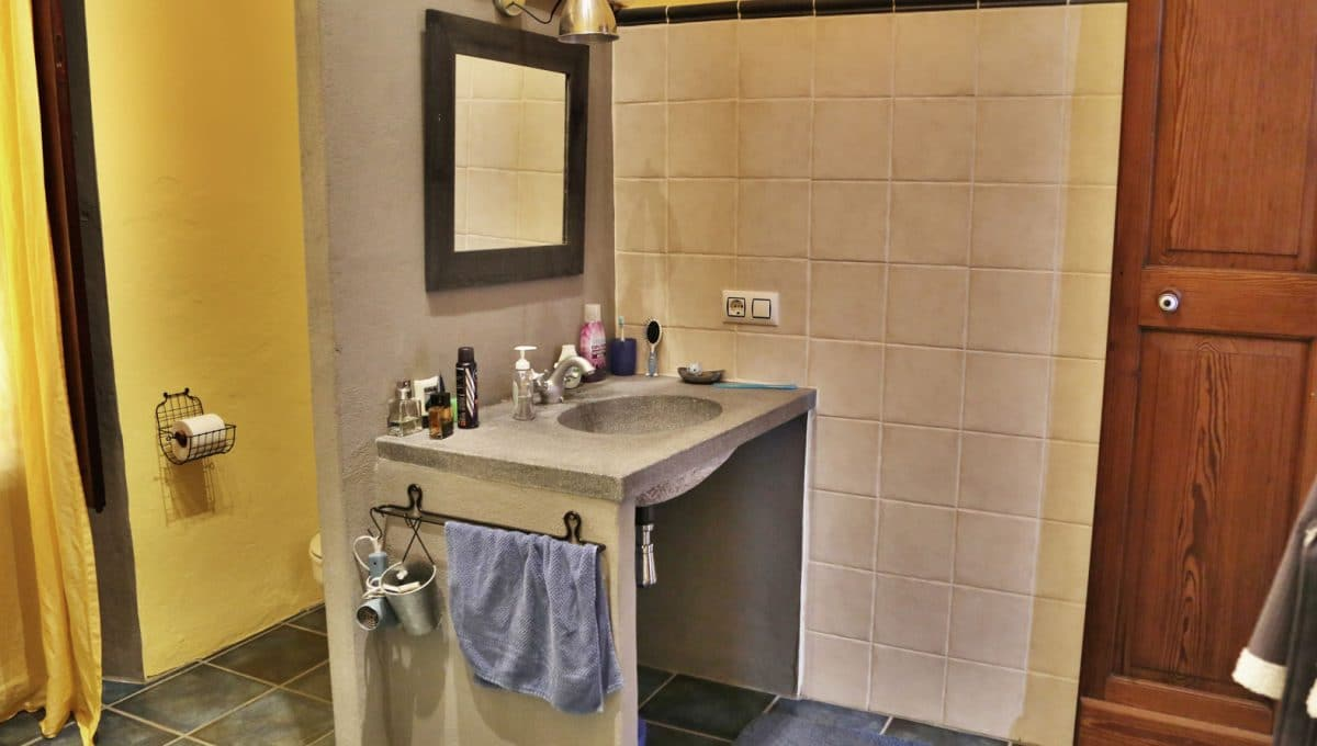 Renoviertes Stadthaus Felanitx Badezimmer