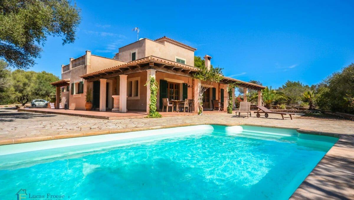 Swimmingpool Finca Portocolom Mallorca