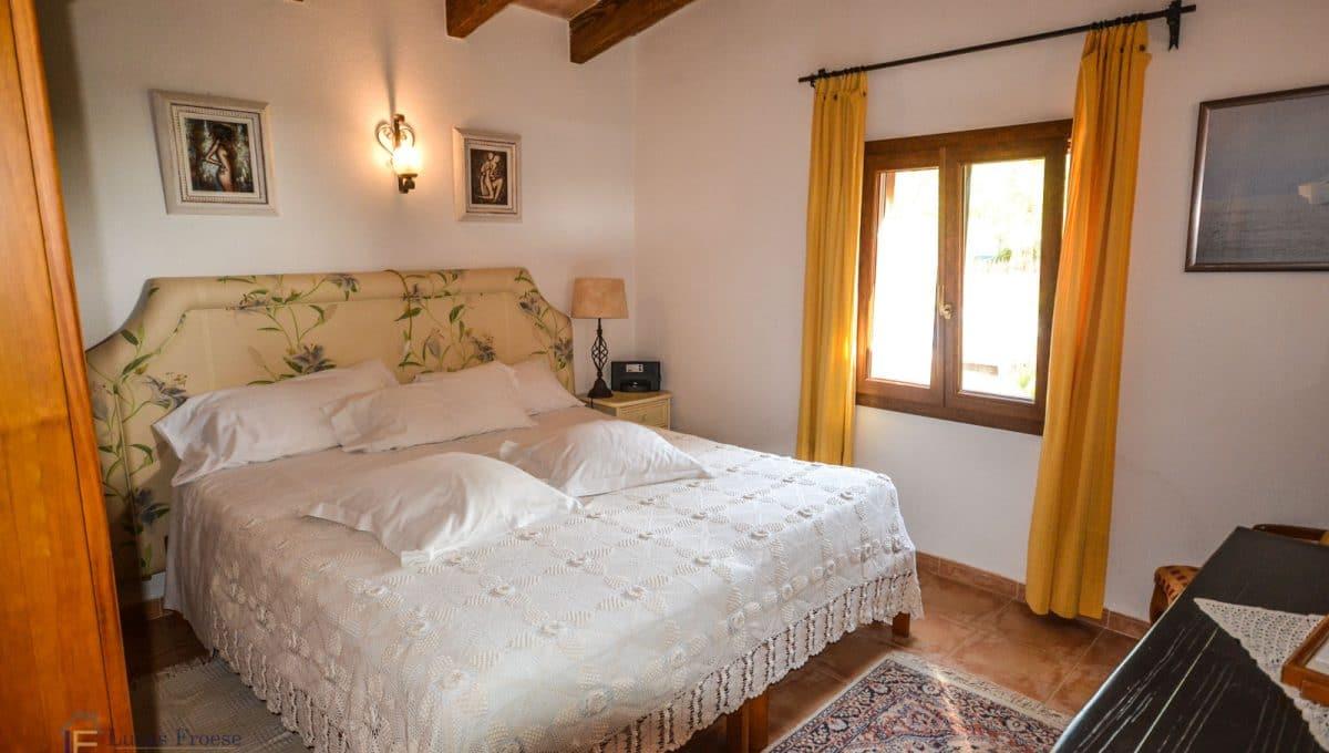 villa-spanien-hauskauf-investition-schlafzimmer-mallorca