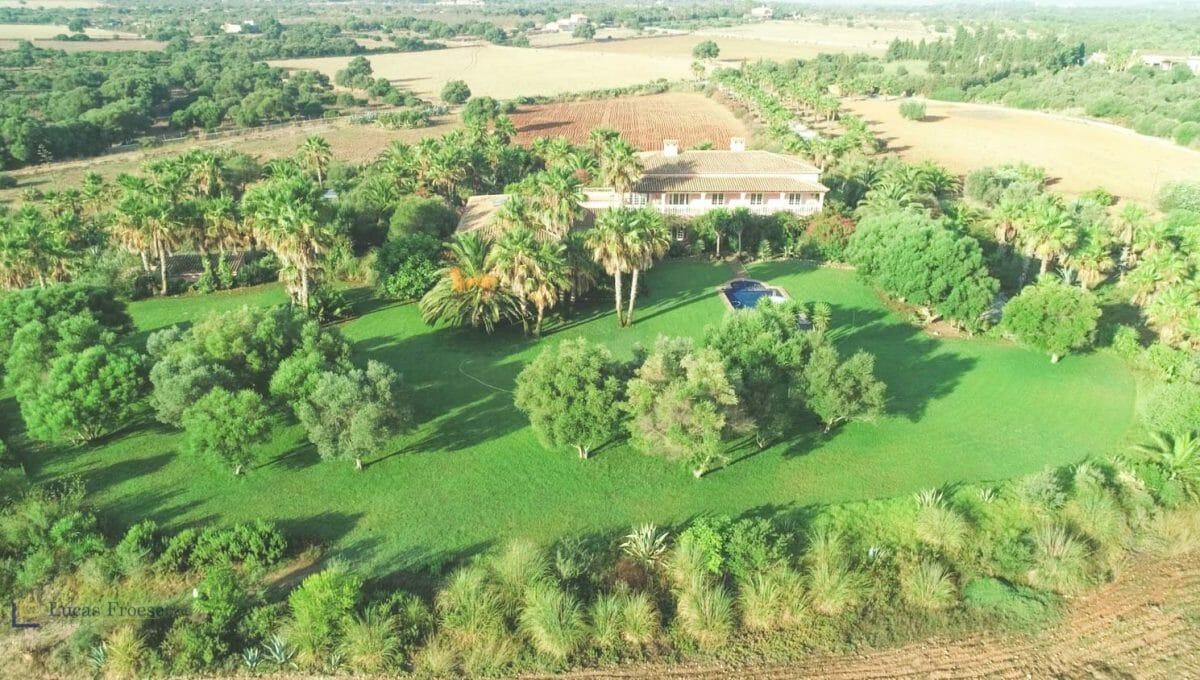 villa-mansion-anlage-günstig-kaufen