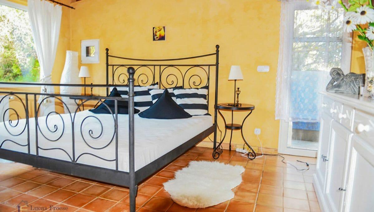 Santanyi Finca Schlafzimmer Mallorca