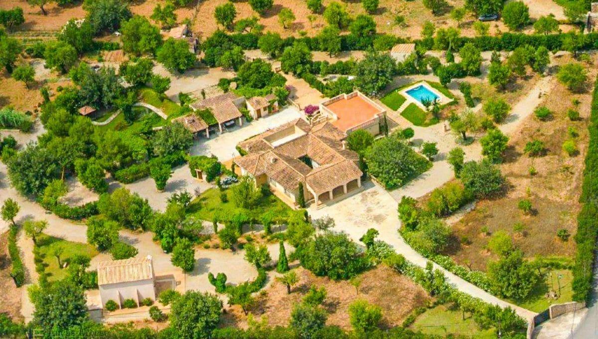 Consell-Finca-Anwesen-Luftaufnahme-Anwesen