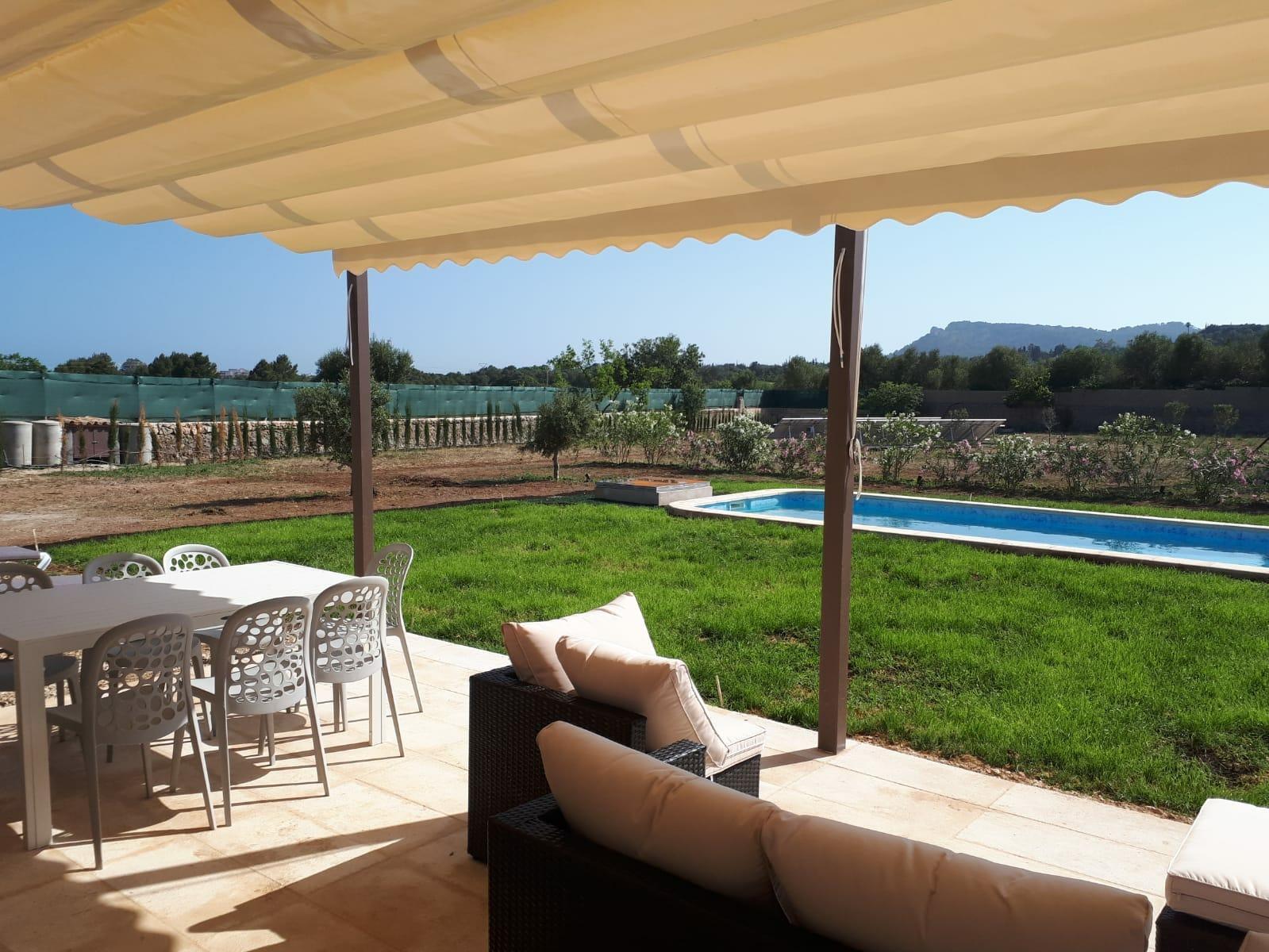 Kleine Finca mit wunderschöner Lage in Costa los Pinos