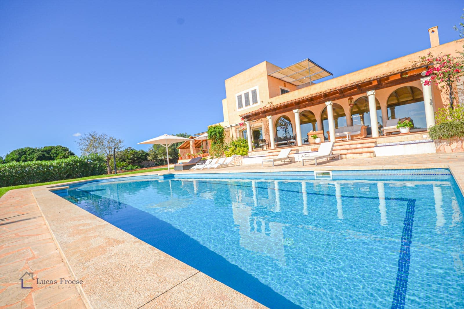 Enchanting finca in S'Horta with swimming pool and sea views