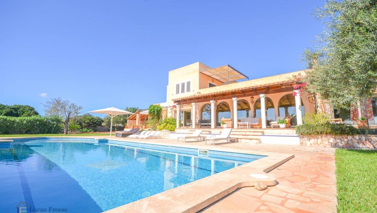 Finca S'horta Pool und Garten