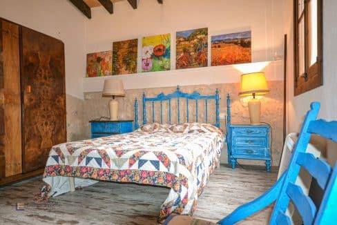 Haus-Dorf-Stadt-Porreres-Mallorca-traditionell