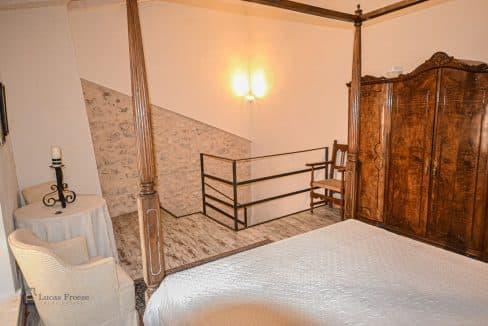 kleines-renoviertes-Stadthaus-Porreres-Immobilie