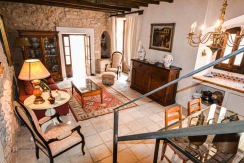 renoviertes-Stadthaus-Porreres-Osten-Mallorca