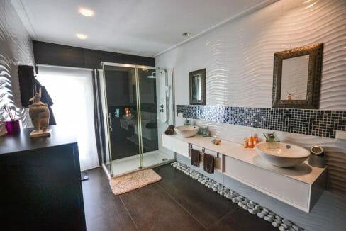 Modernes Stadthaus Felanitx Badezimmer