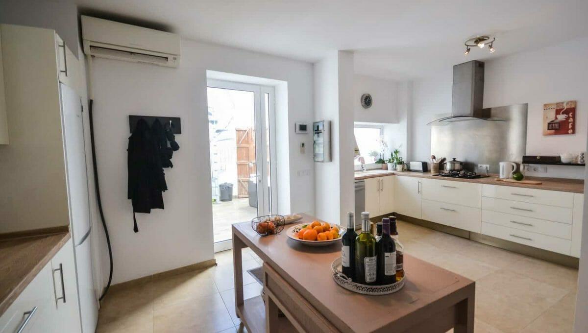 Modernes Stadthaus Felanitx Küche