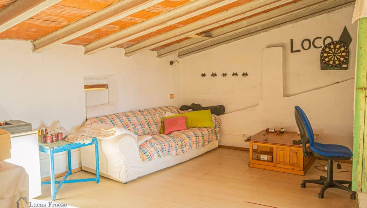 stadthaus-innenhof-garage-felanitx-investition