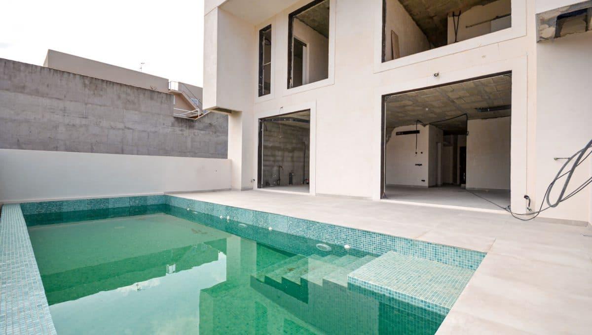 Stadthaus Neubau Felanitx mi Swimmingpool