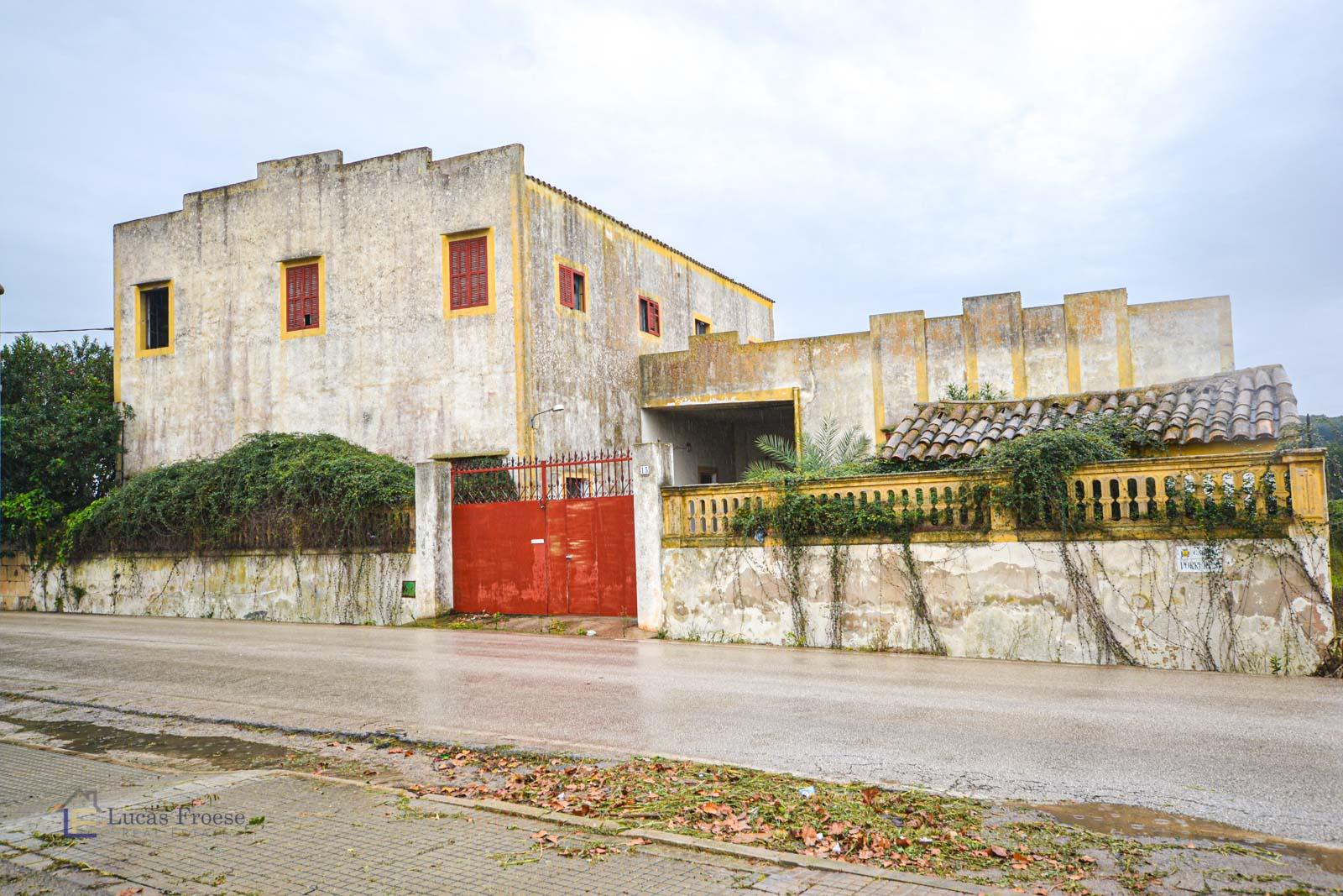 Antigua fábrica con muchas opciones en Felanitx