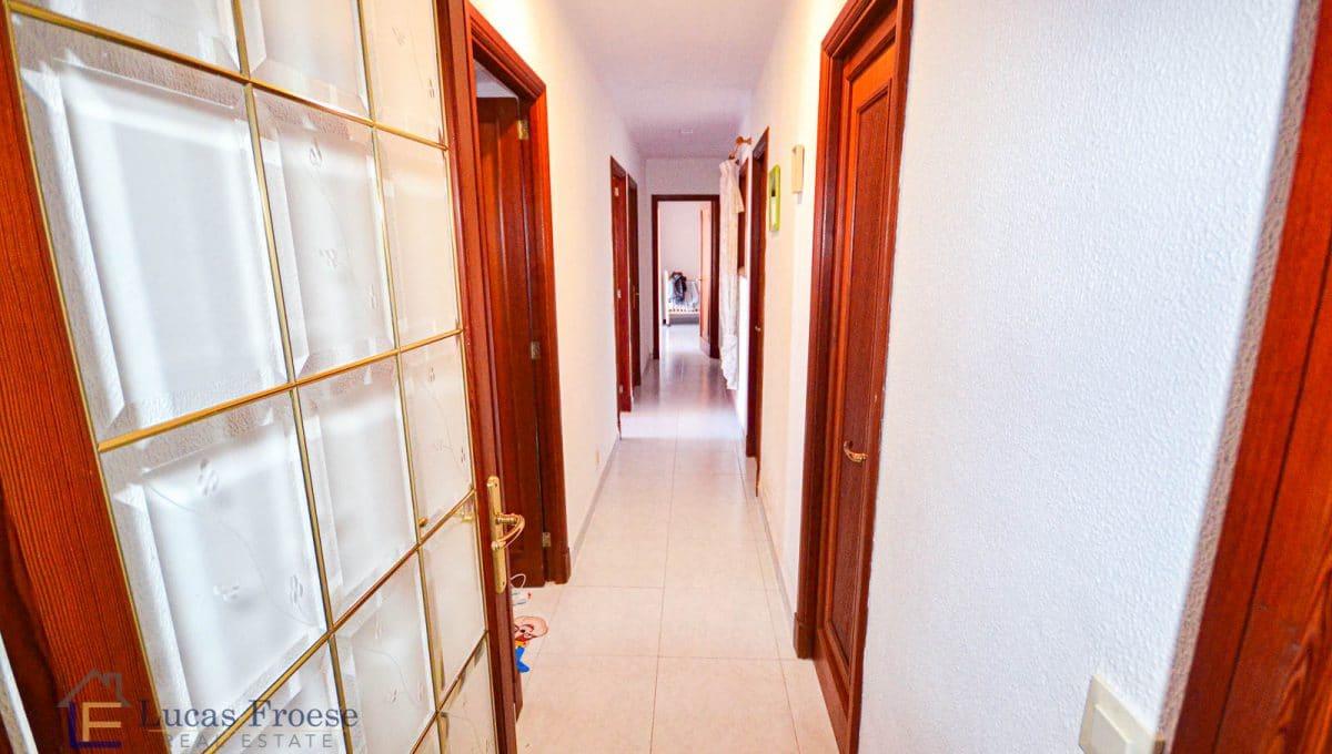 Makler-Architekt-Fachpersonal-Immobilien