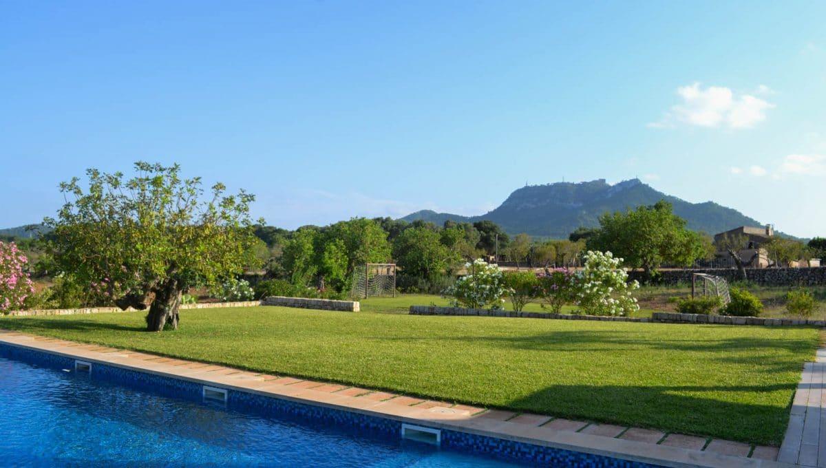 Großer Garten mit Pool und Aussicht Felanitx