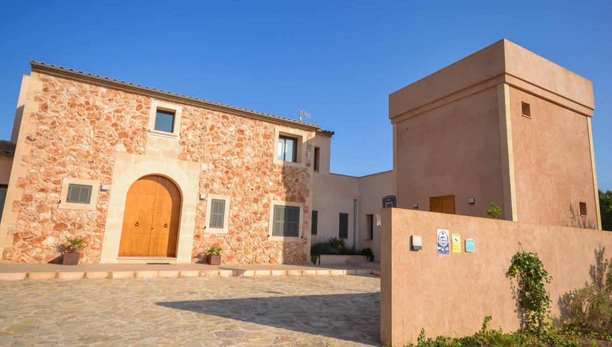 Traditionelle mallorquinische Fassade Felanitx