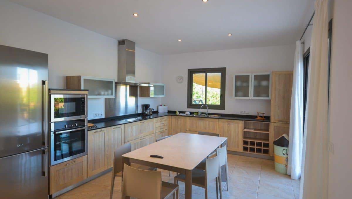 Schöne moderne Küche Landhaus Felanitx