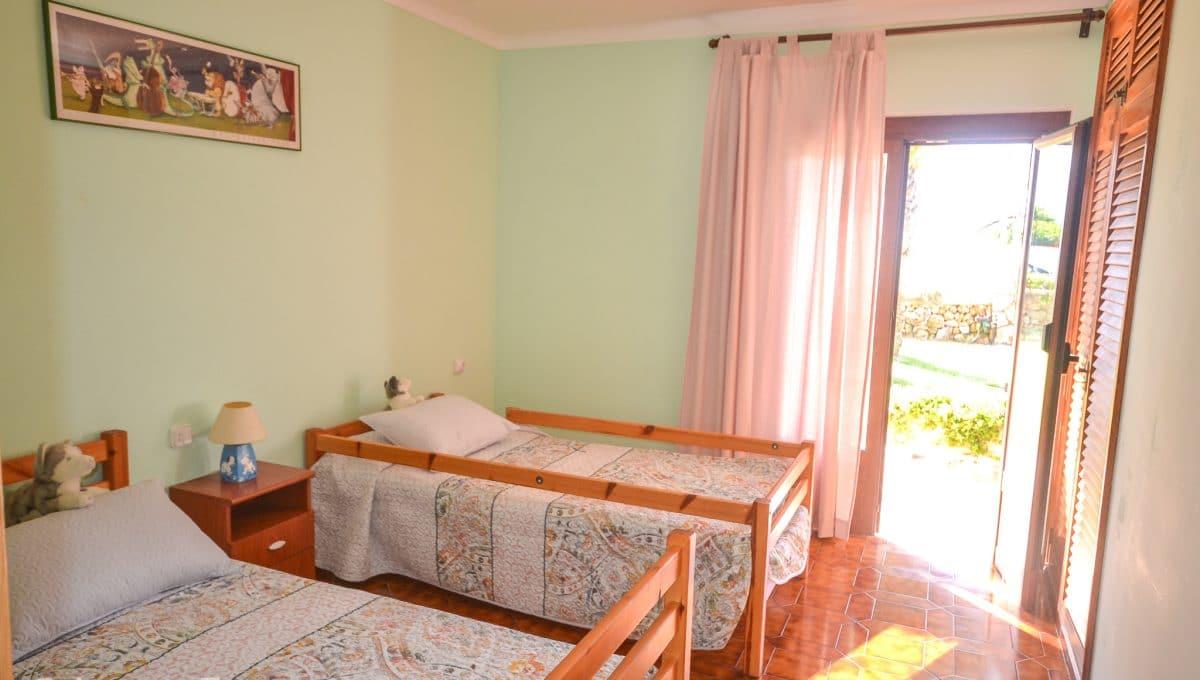Schönes Schlafzimmer mit Zugang zum Garten Portocolom