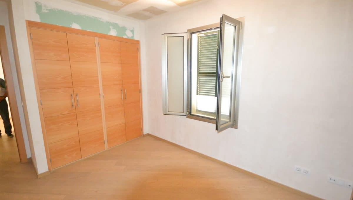Schönes Schlafzimmer mit Wandschränke Wohnung Felanitx