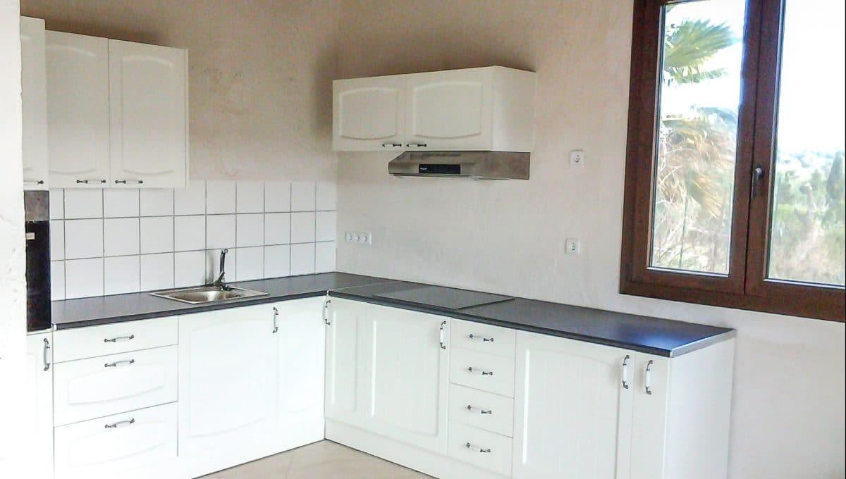 Nützliche und weiße Küche Wohnung Mallorca