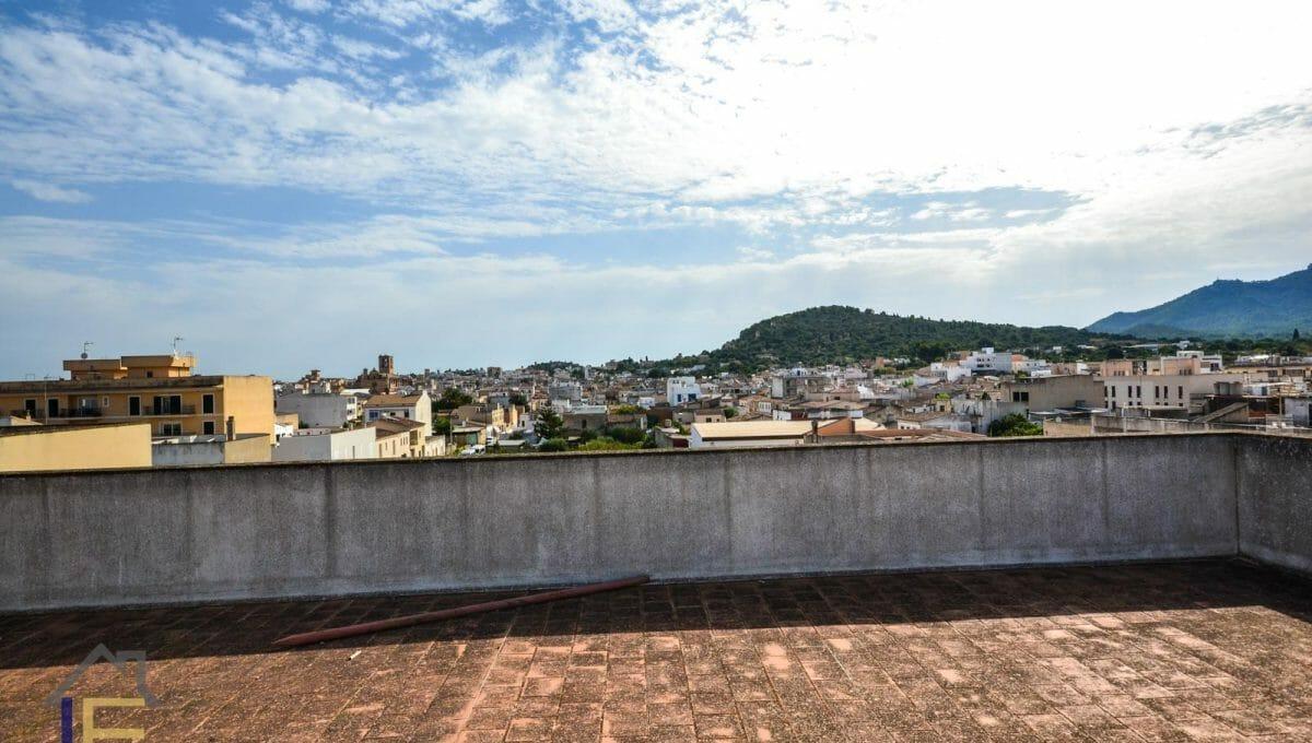 Terrasse auf dem Dachboden mit Blick auf Felanitx