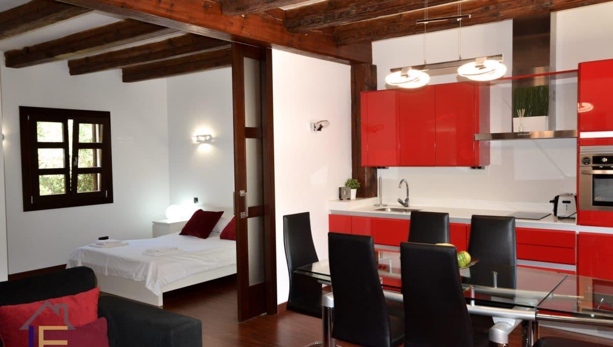 moderne Wohnung voll ausgestattet