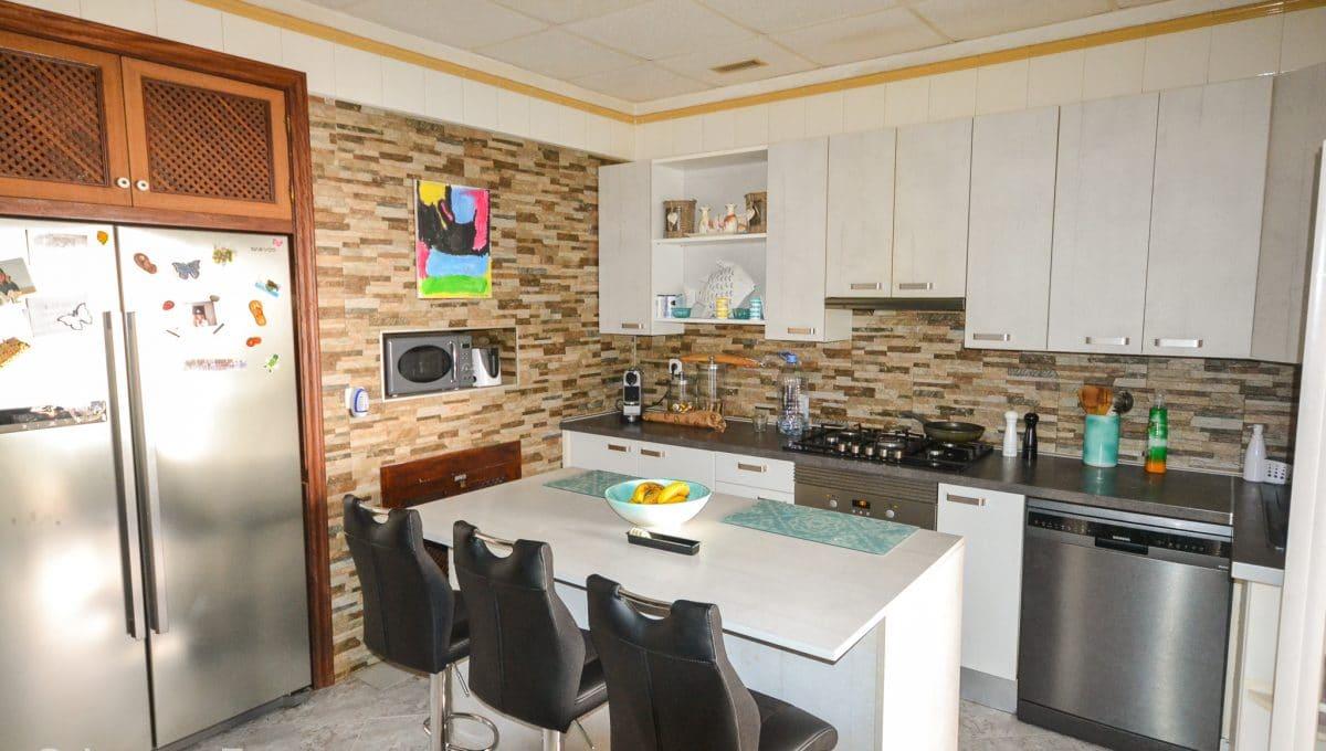 Moderne und helle Küche Wohnung Zentrum Felanitx