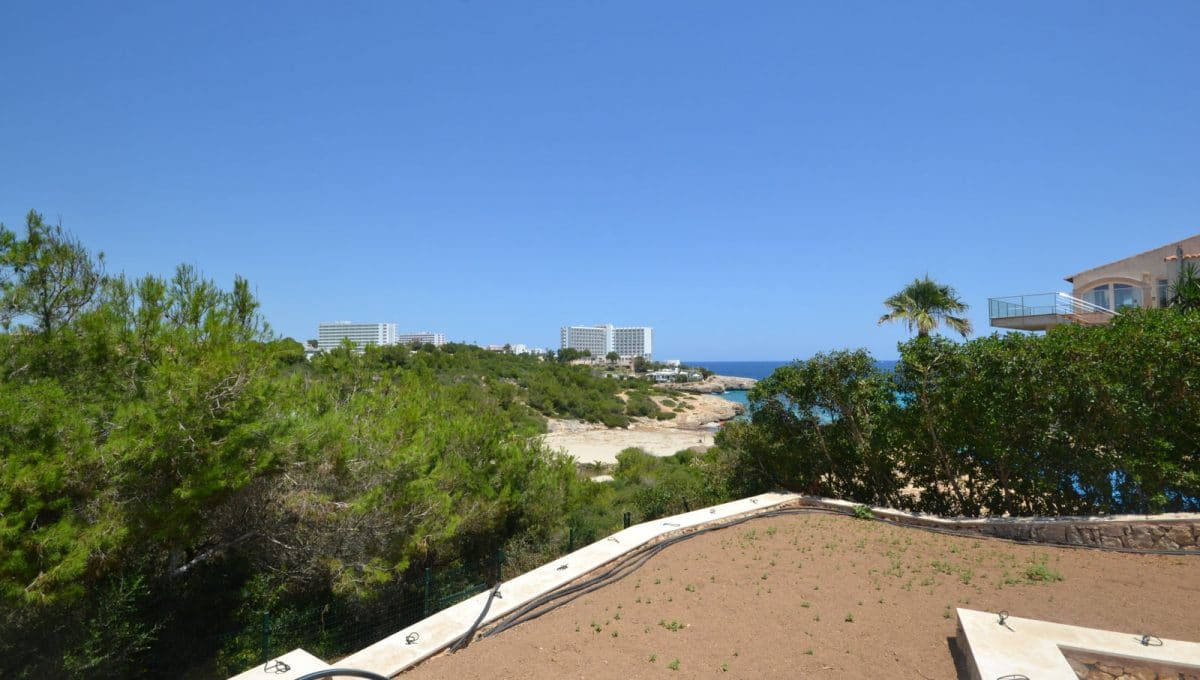 moderne Villa mit Meerblick