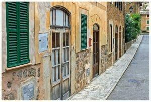 Mallorquinische Häuser Straße
