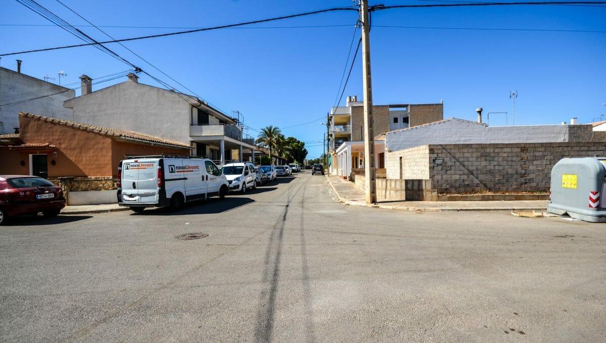 Straßenblick in S'Estanyol in ruhigen Gegend
