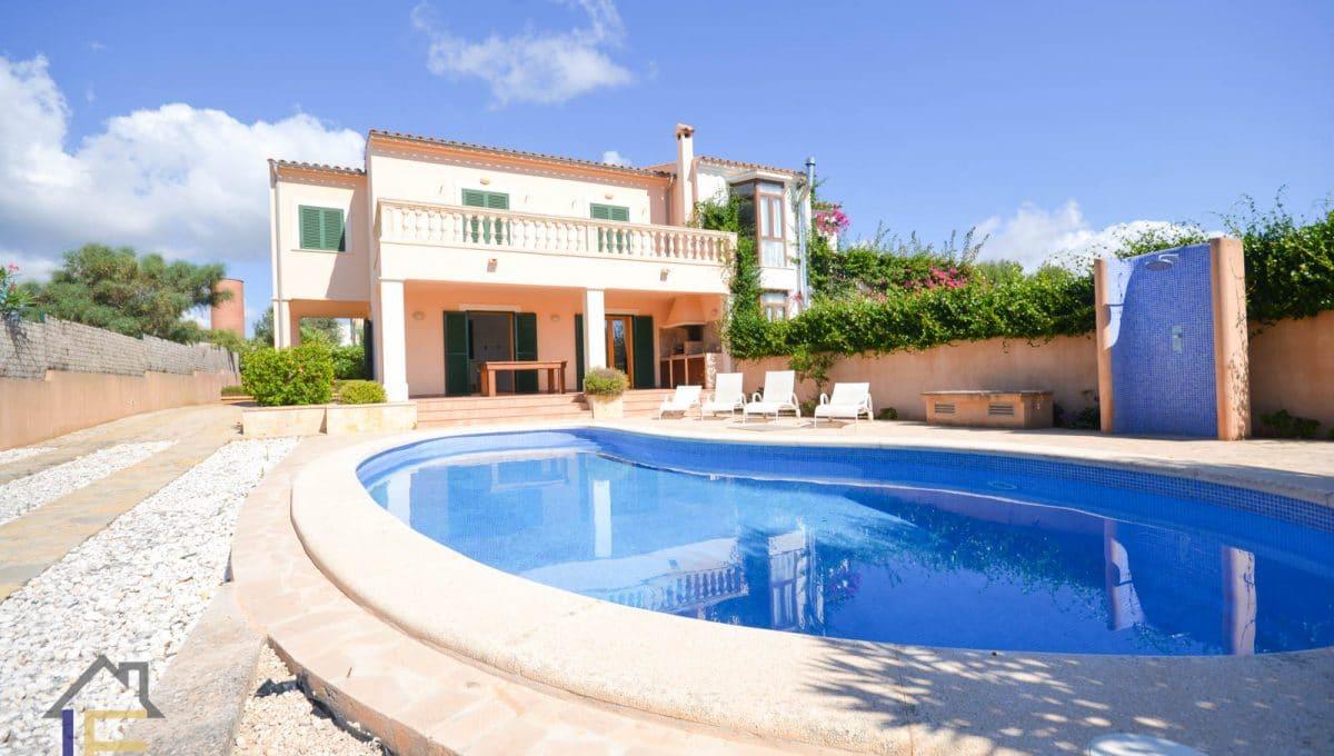 Haus mit pool in calas de mallorca