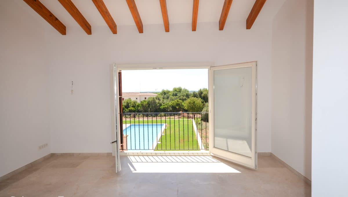 Großer Raum mit Blick auf dem Pool Finca Portocolom