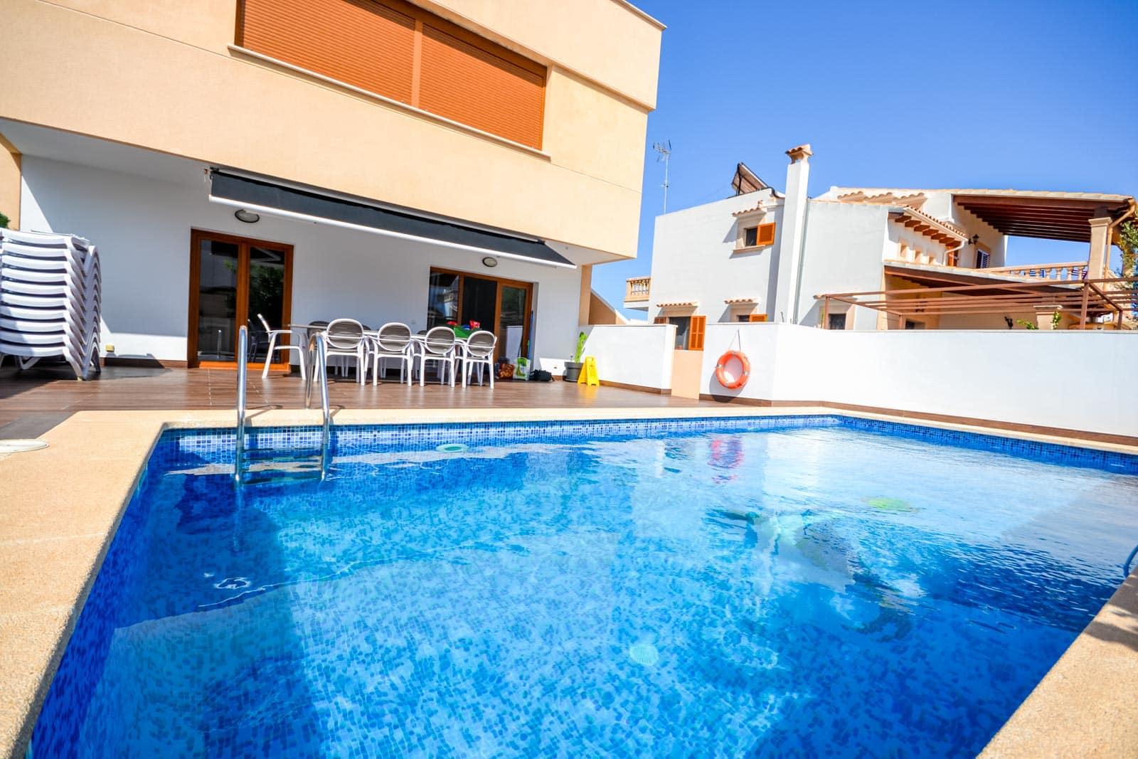 Haus in Portocolom mit Swimmingpool und 2 Wohnungen