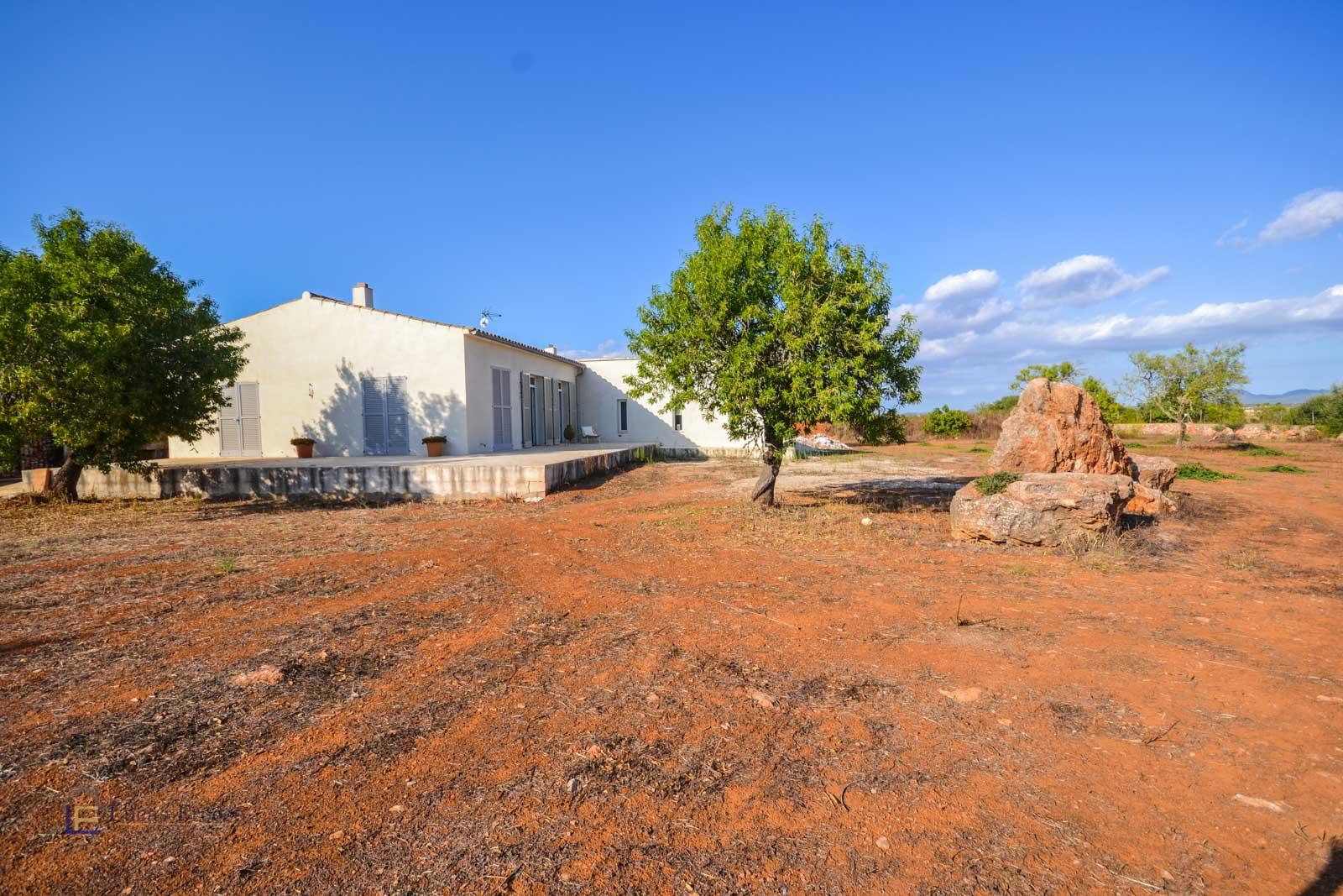 Neubau Finca in Campos mit ETV Lizenz und Gästeapartment