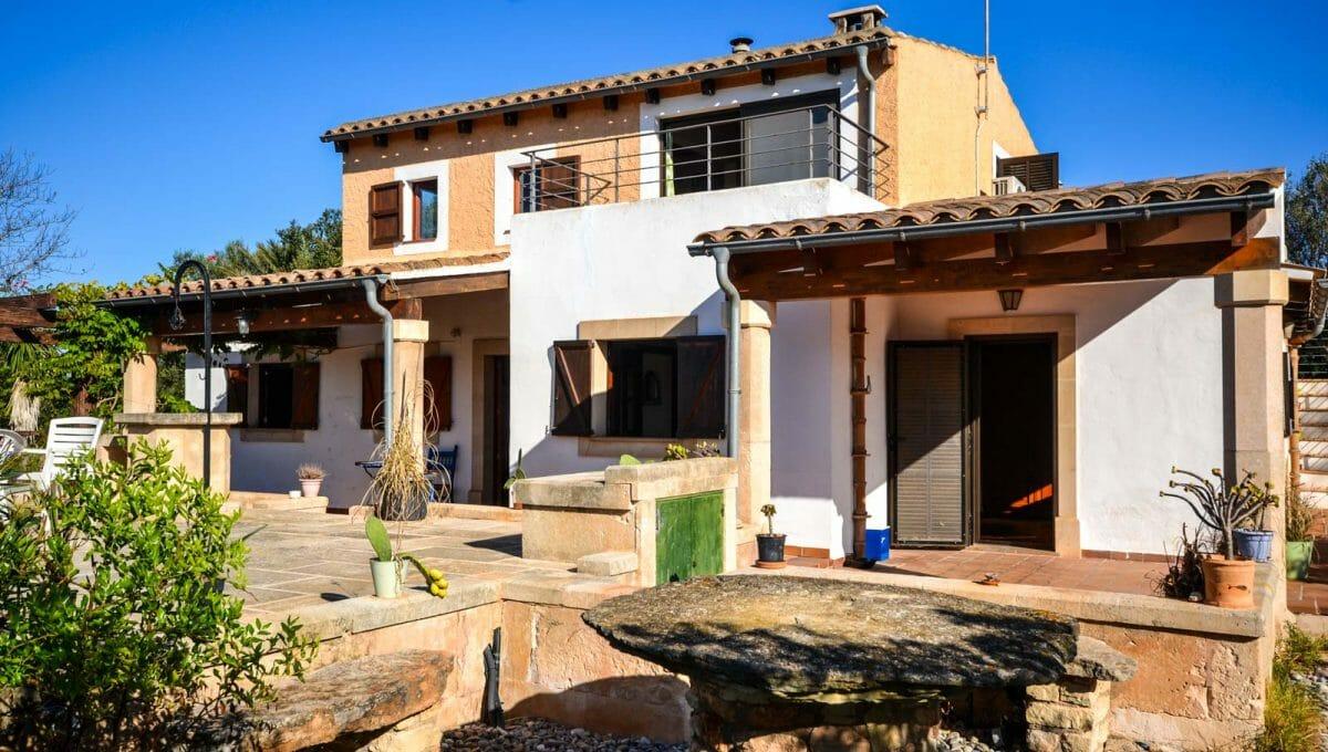 Malloquinische Hause mit Pool in Cala Murada