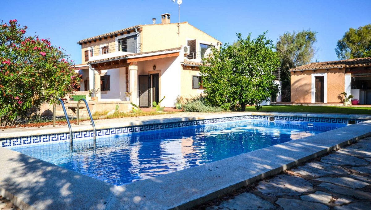 prächtige Finca mit pool in Cala Murada