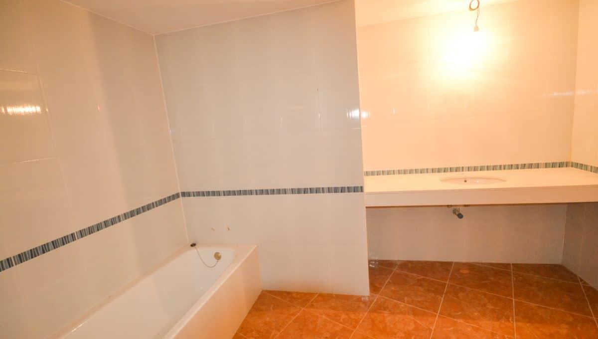Badezimmer mit Badewanne in erdgeschoss in felanitx