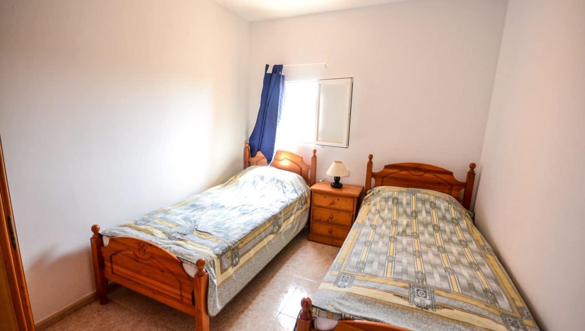Zimmer mit zwet Betten in apartment