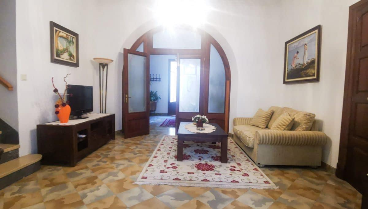 Geräumige Wohnzimmer in mallorquinische stil