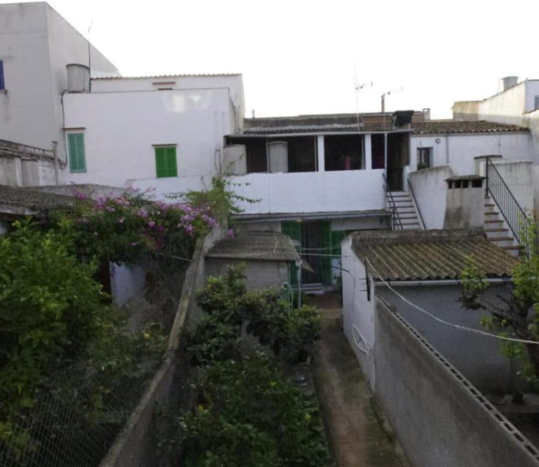 Felanitx Stadthaus mit Garage und Patio