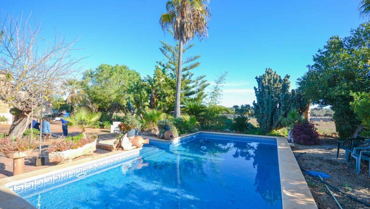 Rustikale Finca mit Swimmingpool in Felanitx