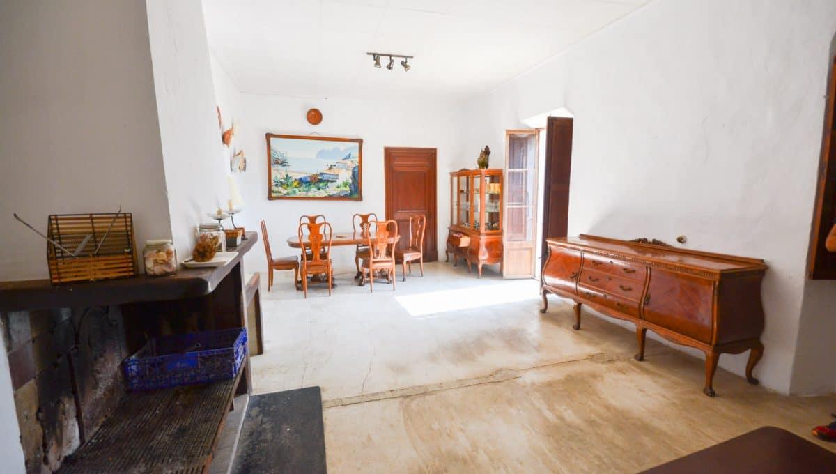 Wohnzimmer im alten Mallorquin-Stil