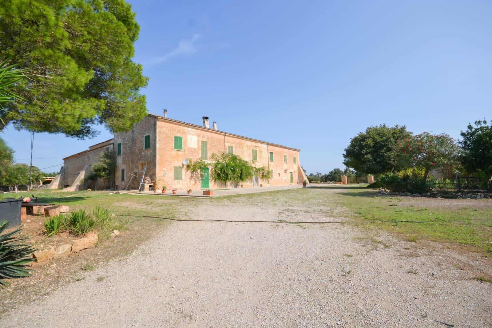 Historic manor house in Vilafranca