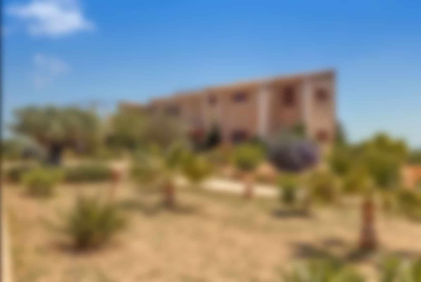 Rustic finca, top luxury property in Cala Llombards