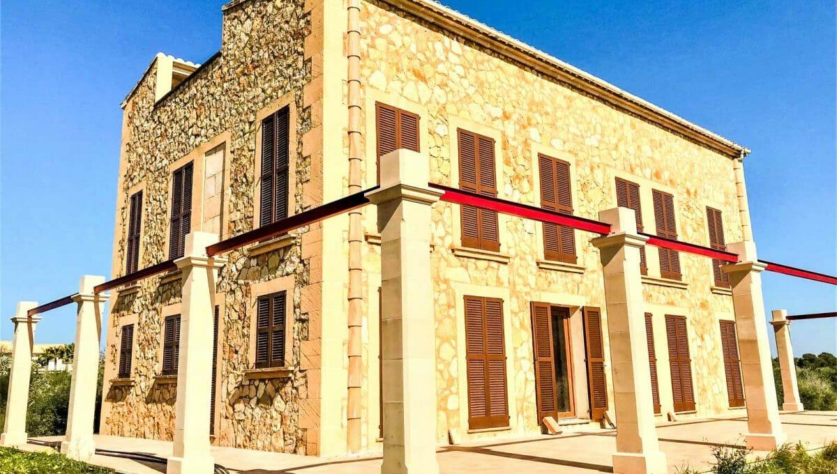 Neubau zwischen Ses Salines und Colonia Sant Jordi